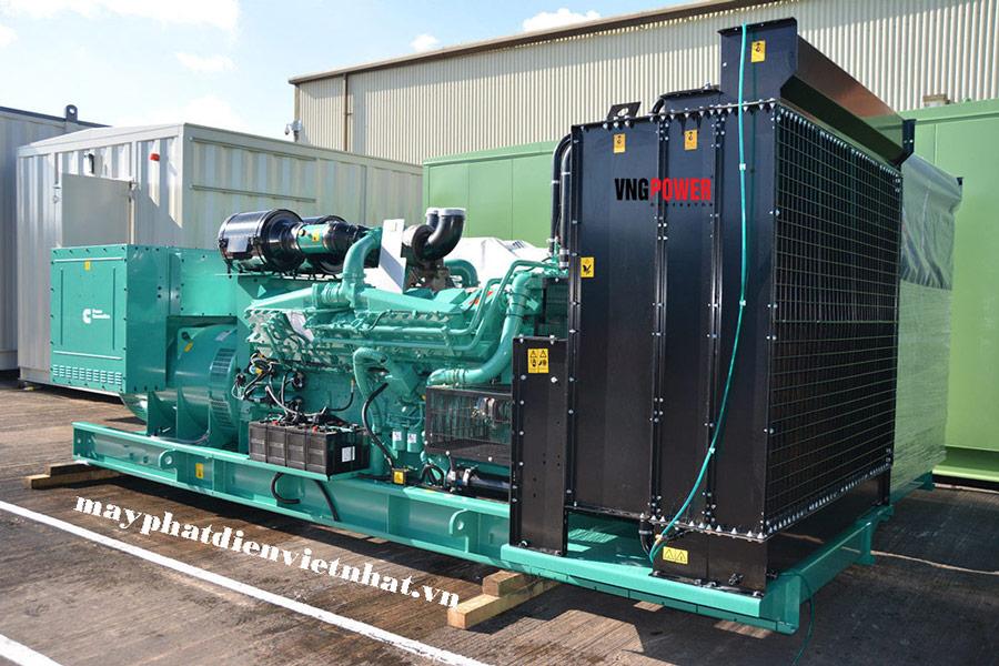 Máy phát điện công nghiệp công suất lớn cummins